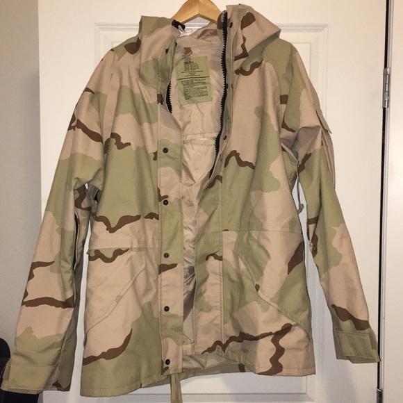 ac57cf0669e3c tennessee apparel corp Jackets & Coats | Rare Desert Camo Jacket ...